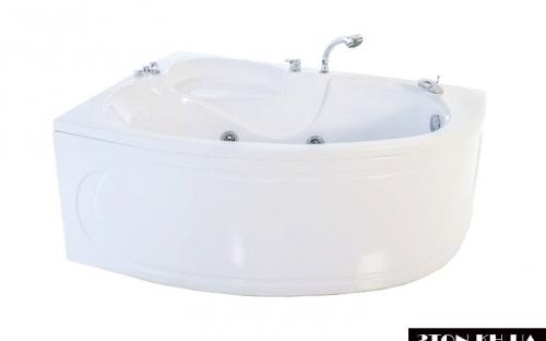 Оновлена права ванна Кайлі Тритон