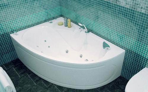 Зовнішній вигляд правої ванни Кайлі Тритон