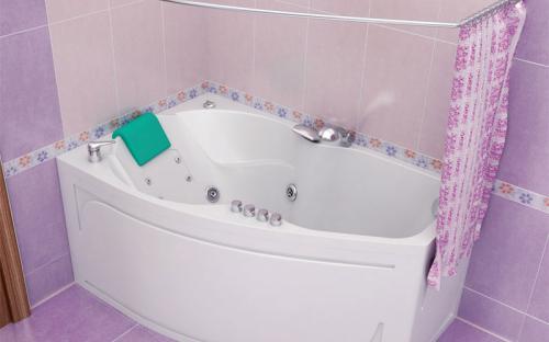 Зовнішній вигляд правої ванни Лайма Тритон